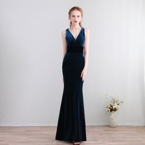 Modest / Simple Floor-Length / Long Navy Blue Evening Dresses  2018 Trumpet / Mermaid Charmeuse V-Neck Backless Evening Party Formal Dresses