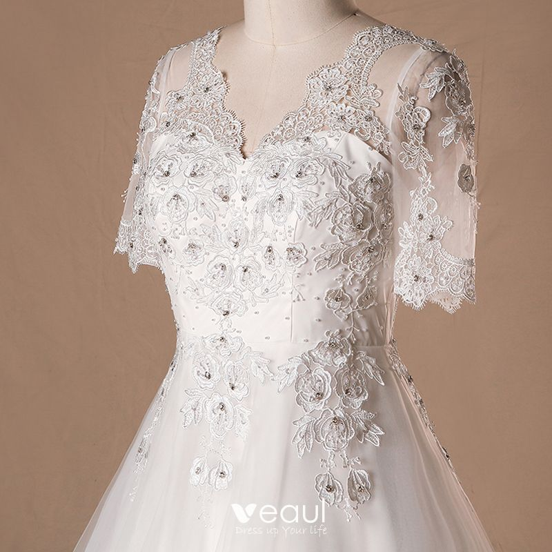 Luxury / Gorgeous Ivory 2018 Wedding A-Line / Princess V-Neck Lace Tulle 1/2 Sleeves Beading Appliques Backless Summer Wedding Dresses