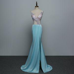 Sexy Blau Abendkleider 2019 Meerjungfrau V-Ausschnitt Strass Spitze Blumen Ärmellos Rückenfreies Sweep / Pinsel Zug Festliche Kleider