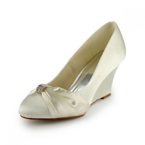Princess Round Toe Mid Wedges Satin Pumps Wedding Shoes With Ruffle Bow