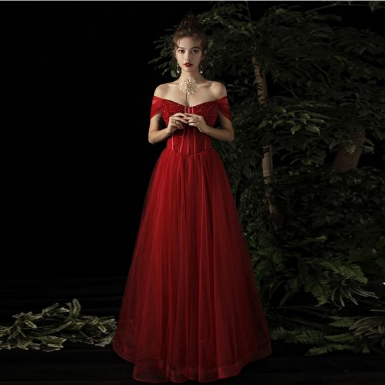 Elegant Burgundy Evening Dresses  2019 A-Line / Princess Off-The-Shoulder Short Sleeve Beading Floor-Length / Long Ruffle Backless Formal Dresses