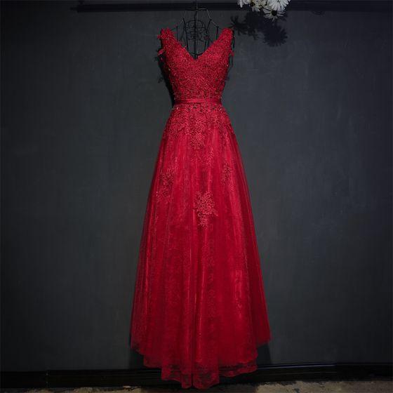 Piękne Czerwone Sukienki Wizytowe 2017 Koronkowe Kwiat Cekiny Perła V-Szyja Bez Rękawów Długie Imperium Sukienki Wieczorowe
