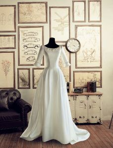 Vintage Palace Square Neckline Beading Pearl & Flower Backless White Satin Wedding Dress