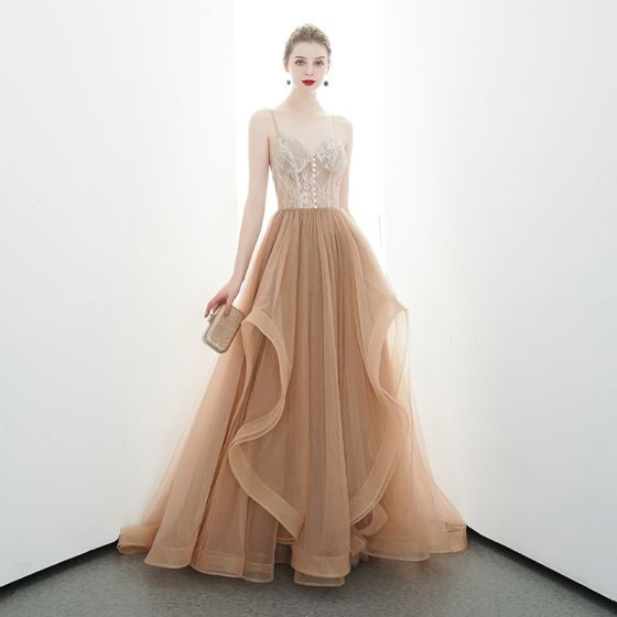 Sexy Champagne Evening Dresses  2020 A-Line / Princess Spaghetti Straps Sleeveless Appliques Lace Court Train Ruffle Backless Formal Dresses