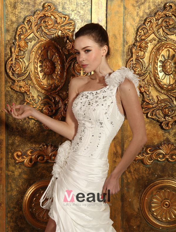 Short & Mini One Shoulder Beading Ruffles Organza Satin Wedding Dress