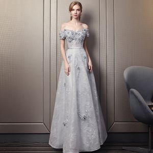 Elegant Grey Evening Dresses  2018 Empire Off-The-Shoulder Short Sleeve Appliques Lace Beading Sash Floor-Length / Long Ruffle Backless Formal Dresses