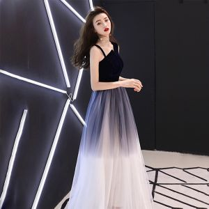 Affordable Navy Blue Prom Dresses 2018 A-Line / Princess Amazing / Unique Shoulders Sleeveless Floor-Length / Long Ruffle Backless Formal Dresses