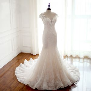 Elegant Champagne See-through Wedding Dresses 2018 Trumpet / Mermaid Scoop Neck Cap Sleeves Appliques Lace Pearl Beading Court Train Ruffle