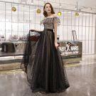 Élégant Noire Tachetée Robe De Bal 2019 Princesse De l'épaule Manches Courtes Dos Nu Longue Robe De Ceremonie