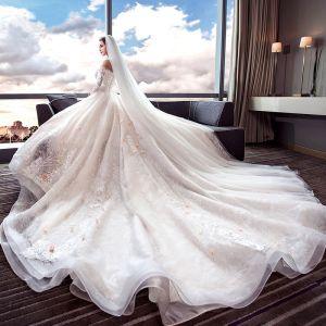 Farbig Champagner Brautkleider 2018 Ballkleid Off Shoulder Kurze Ärmel 3/4 Ärmel Rückenfreies Applikationen Mit Spitze Perlenstickerei Königliche Schleppe Rüschen