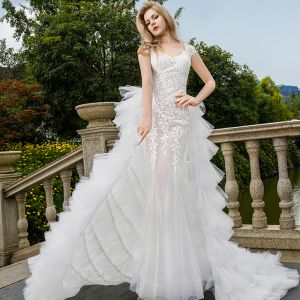 Sexy White Wedding Dresses 2018 Trumpet / Mermaid Appliques Lace See-through V-Neck Backless Cap Sleeves Sweep Train Wedding