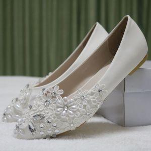 Chic / Belle Blanche Désinvolte Chaussures Femmes 2018 En Dentelle Perle Faux Diamant À Bout Pointu Plate