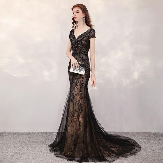 Wysokiej Klasy Czarne Koronkowe Sukienki Wieczorowe 2020 Syrena / Rozkloszowane V-Szyja Kótkie Rękawy Rhinestone Frezowanie Trenem Sweep Wzburzyć Bez Pleców Sukienki Wizytowe