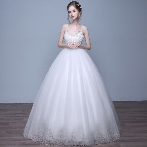 Chic / Beautiful Hall Wedding Dresses 2017 Sequins Lace Appliques Sleeveless Shoulders Floor-Length / Long White Ball Gown