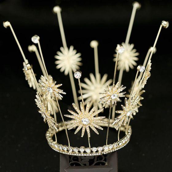 Piękne Złote Ozdoby Do Włosów Ślubne 2019 Metal Kwiat Tiara Frezowanie Perła Rhinestone Ślub Akcesoria