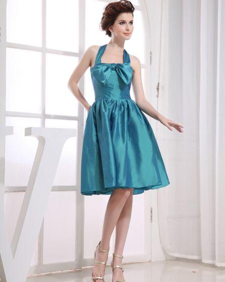 Halter Neckline Sleeveless Knee Length Bowknot Taffeta Empire Bridesmaid Dresses