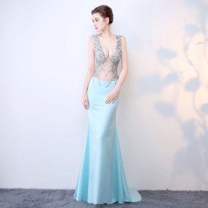 Chic / Belle Bleu Ciel Robe De Soirée 2017 Trompette / Sirène V-Cou Fait main Dos Nu Cristal Faux Diamant Chiffon Soirée Robe De Ceremonie
