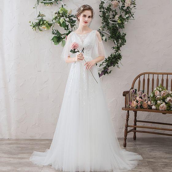 Lätt Vita Bröllopsklänningar 2019 Prinsessa Urringning Spets Blomma Appliqués Korta ärm Halterneck Svep Tåg