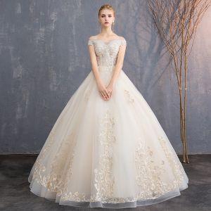 Abordable Champagne Robe De Mariée 2019 Princesse De l'épaule Manches Courtes Dos Nu Appliques En Dentelle Perlage Longue Volants