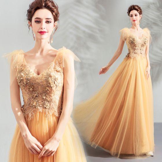 Eleganckie Żółta Sukienki Na Bal 2019 Princessa V-Szyja Bez Rękawów Aplikacje Z Koronki Perła Długie Wzburzyć Bez Pleców Sukienki Wizytowe