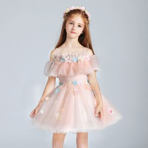 Chic / Beautiful Pearl Pink Flower Girl Dresses 2017 Ball Gown Off-The-Shoulder Short Sleeve Appliques Flower Short Ruffle Wedding Party Dresses
