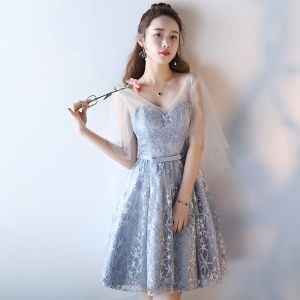 Modern / Fashion Wedding Party Dresses 2017 Wedding Bridesmaid Dresses Silver Short A-Line / Princess V-Neck Backless 1/2 Sleeves Glitter Appliques Flower