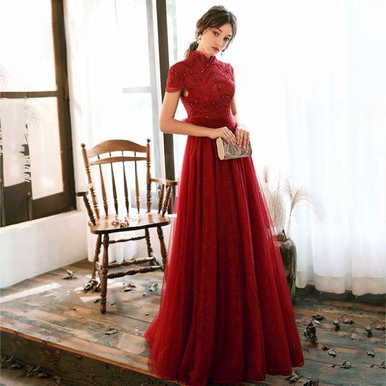 Vintage Rød Blonde Selskabskjoler 2020 Prinsesse Høj Hals Kort Ærme Pailletter Beading Lange Flæse Halterneck Sløjfe Kjoler