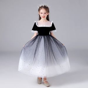 Chic / Beautiful Black Gradient-Color White Birthday Flower Girl Dresses 2020 Ball Gown See-through Scoop Neck Sleeveless Sequins Floor-Length / Long Ruffle