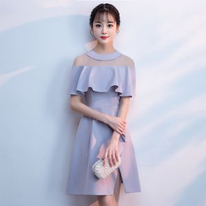 Modest / Simple Grey See-through Homecoming Graduation Dresses 2018 A-Line / Princess Scoop Neck Short Sleeve Short Ruffle Split Front Formal Dresses