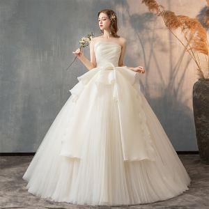 Elegant Solid Color Ivory Wedding Dresses 2019 A-Line / Princess Strapless Sleeveless Backless Ruffle Floor-Length / Long