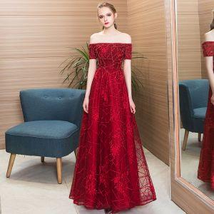 Modern / Fashion Burgundy Evening Dresses  2018 A-Line / Princess Beading Crystal Lace Flower Off-The-Shoulder Backless Short Sleeve Floor-Length / Long Formal Dresses