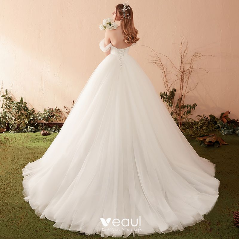 Modest / Simple Ivory Wedding Dresses 2019 A-Line / Princess Off-The-Shoulder Short Sleeve Backless Sweep Train Ruffle