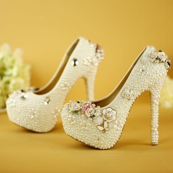 Schöne Weiß Handgefertigt Brautschuhe 2019 Perle Blumen 14 cm Stilettos Runde Zeh Hochzeit Pumps