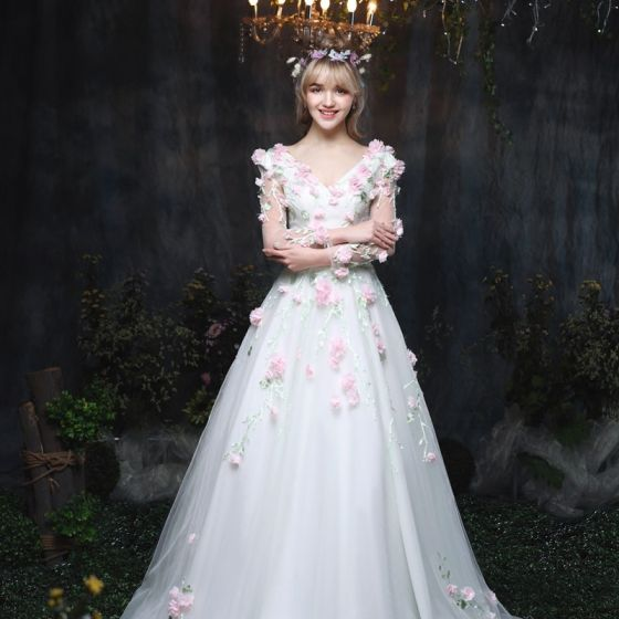 Najpiękniejsze / Ekskluzywne Ogród / Outdoor Suknie Ślubne 2017 Długie Białe Princessa V-Szyja Długie Rękawy Bez Pleców Z Koronki Aplikacje Kwiat