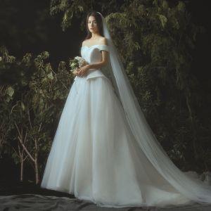 Elegante Ivory / Creme Brautkleider / Hochzeitskleider 2019 A Linie Off Shoulder Kurze Ärmel Rückenfreies Kapelle-Schleppe