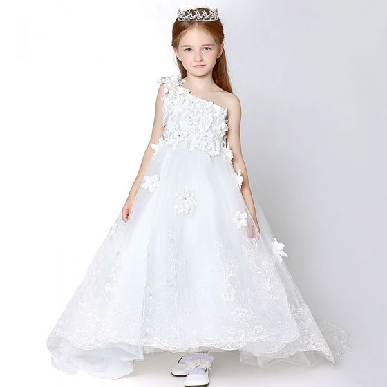 Amazing / Unique Church Wedding Party Dresses 2017 Flower Girl Dresses White Cathedral Train Ball Gown Backless One-Shoulder Sleeveless Flower Appliques Lace Rhinestone