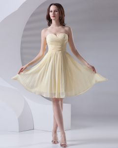 Fashion Sweetheart Knee Length Ruffle Chiffon Bridesmaid Dress