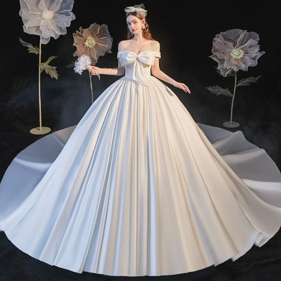 Modest / Simple Ivory Satin Wedding Dresses 2021 Ball Gown Off-The-Shoulder Bow Sleeveless Backless Royal Train Wedding