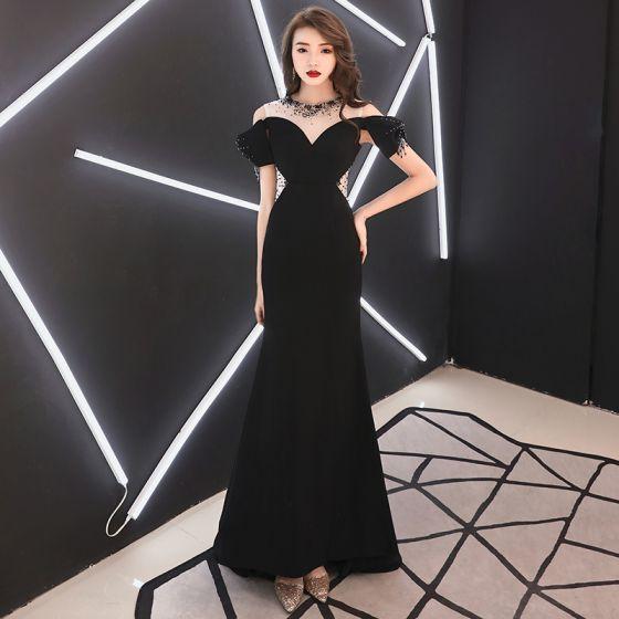 4efeec68d3 Eleganckie Czarne Sukienki Wieczorowe 2019 Syrena   Rozkloszowane Wycięciem  Frezowanie Rhinestone Kótkie Rękawy Długie Sukienki Wizytowe