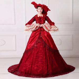 Vintage Medieval Rojo Ball Gown Vestidos de gala 2021 Escote Cuadrado Manga Larga Encaje 3D Flor Lentejuelas Colas De La Corte Cosplay Gala Vestidos Formales