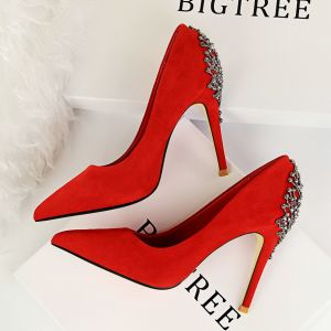 Modest / Simple Casual Red Pumps 2019 Suede Metal Rhinestone 10 cm Stiletto Heels Pointed Toe Pumps
