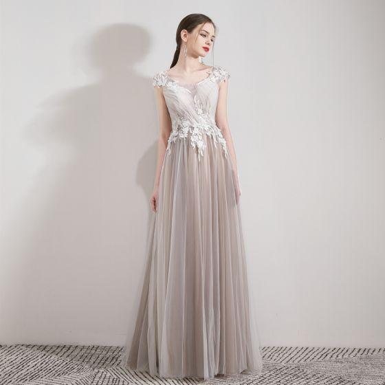 Eleganta Champagne Aftonklänningar 2019 Prinsessa Urringning Ärmlös Appliqués Spets Beading Kristall Långa Ruffle Halterneck Formella Klänningar