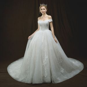 Luxury / Gorgeous Ivory Wedding Dresses 2018 Ball Gown Off-The-Shoulder Short Sleeve Backless Appliques Lace Beading Cathedral Train Ruffle