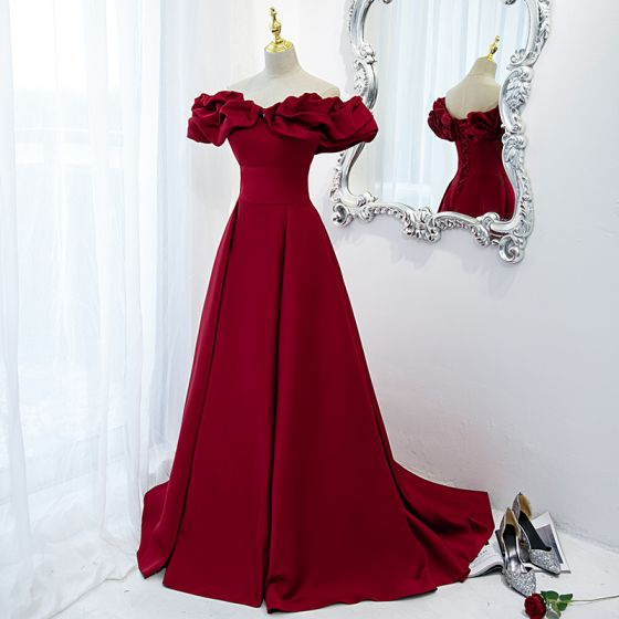 Elegantes A-Line / Princess Rojo De Compromiso Vestidos de gala 2021 Fuera Del Hombro Correas Cruzadas Largos Ruffle Satén Vestidos Formales