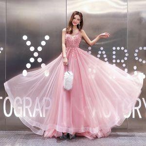 High End Pink Abendkleider 2020 A Linie V-Ausschnitt Ärmellos Applikationen Spitze Perlenstickerei Sweep / Pinsel Zug Rüschen Rückenfreies Festliche Kleider