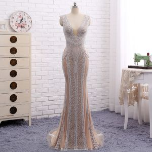 Amazing / Unique Champagne Evening Dresses  2017 Trumpet / Mermaid Beading Pearl V-Neck Backless Sleeveless Sweep Train Evening Party