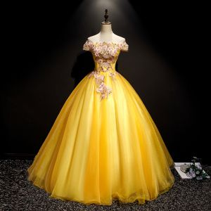 Flower Fairy Yellow Prom Dresses 2019 A-Line / Princess Off-The-Shoulder Appliques Lace Flower Pearl Short Sleeve Backless Floor-Length / Long Formal Dresses