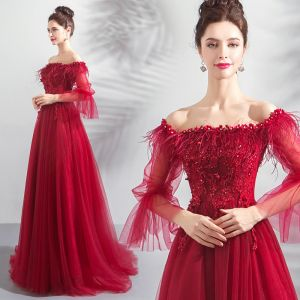 Glamorous Burgundy Evening Dresses  2019 A-Line / Princess Off-The-Shoulder Puffy Long Sleeve Feather Appliques Lace Beading Rhinestone Floor-Length / Long Ruffle Backless Formal Dresses
