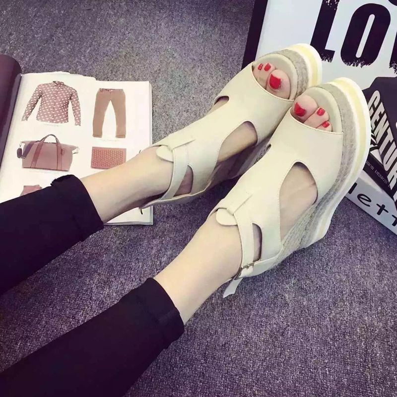 Chic / Beautiful 2017 8 cm / 3 inch Black White Casual Leatherette Summer High Heels Thick Heels 8 cm Pumps Sandals Open / Peep Toe Womens Sandals