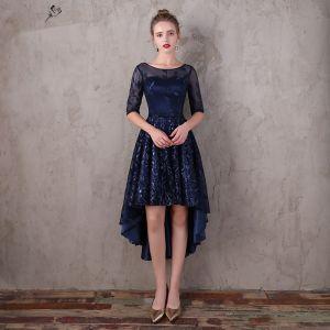 Chic / Belle Bleu Marine Asymétrique Robe De Soirée 2017 Princesse En Dentelle Paillettes Noeud Encolure Dégagée 1/2 Manches Robe De Ceremonie